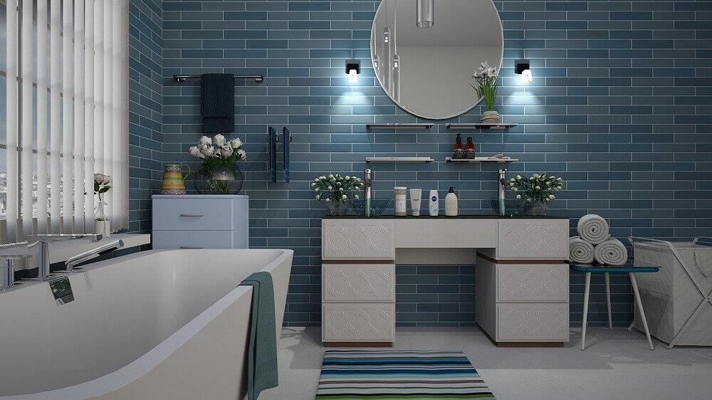 7 wskazówek, dzięki którym mała łazienka będzie wyglądać na większą
